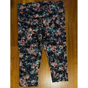 "Lululemon Fast and Free Crops 19"" Nulux"
